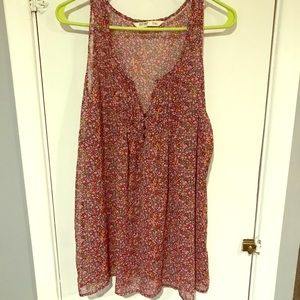 Old navy floral tank!!!!